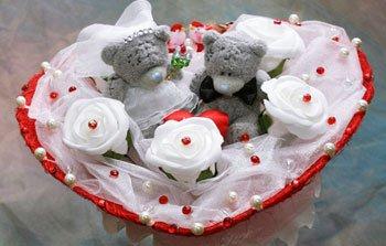 Букет из игрушек или конфет – подарок